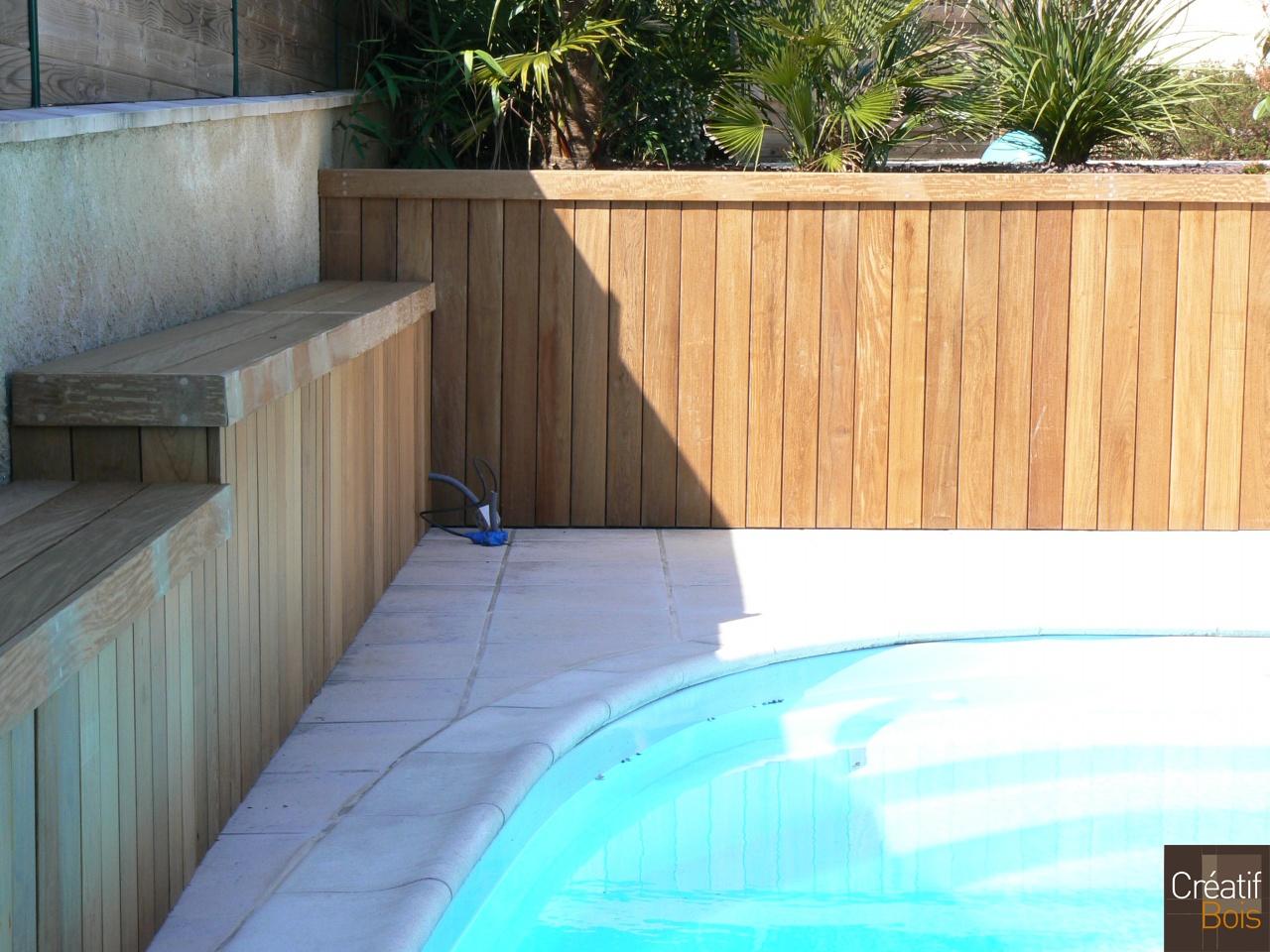 Accessoires piscine cr atif bois malemort corr ze 19 for Accessoire piscine bois