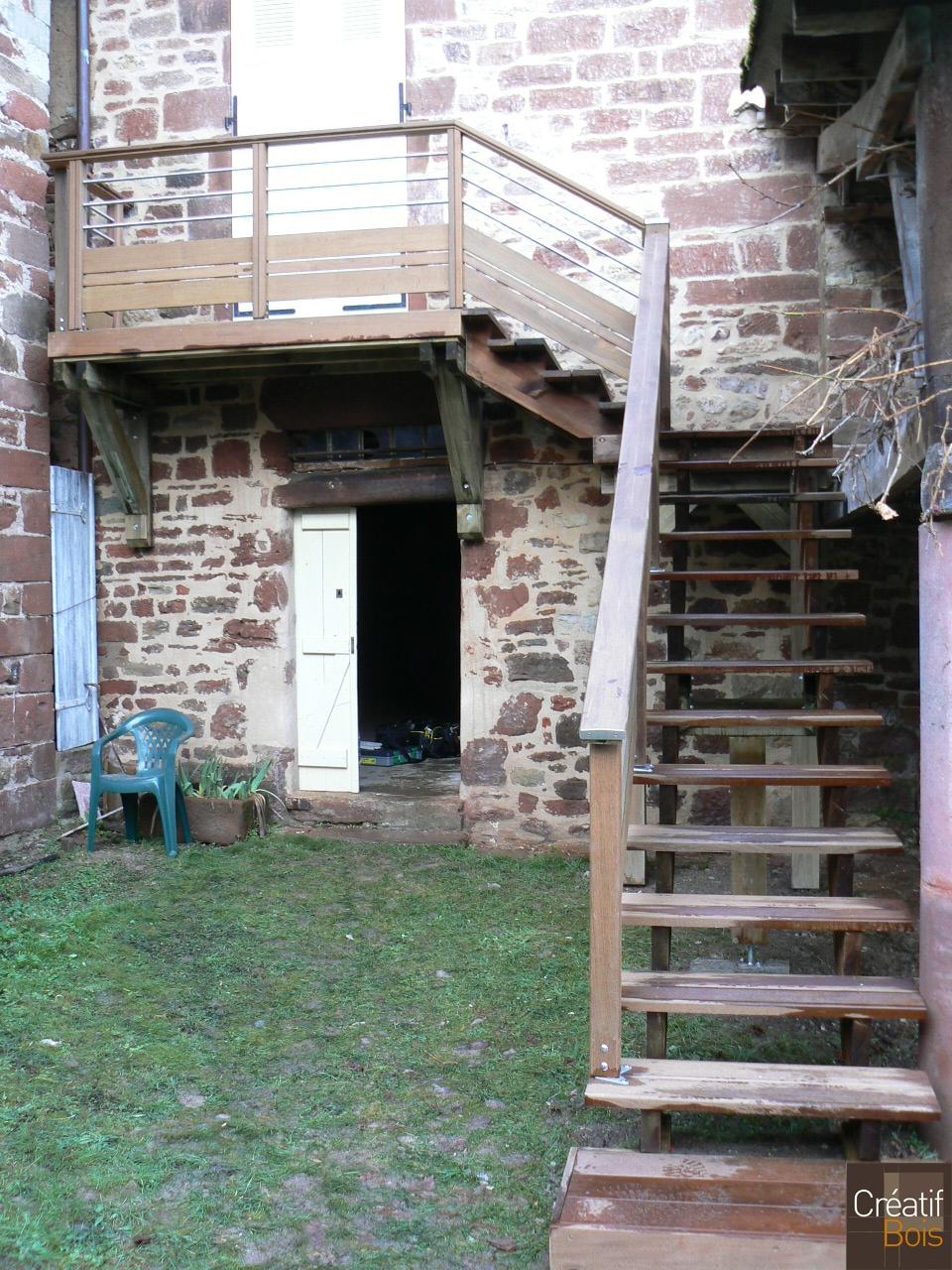 Escalier bois meyssac corr ze 19 escaliers ext rieur for Exterieur creatif