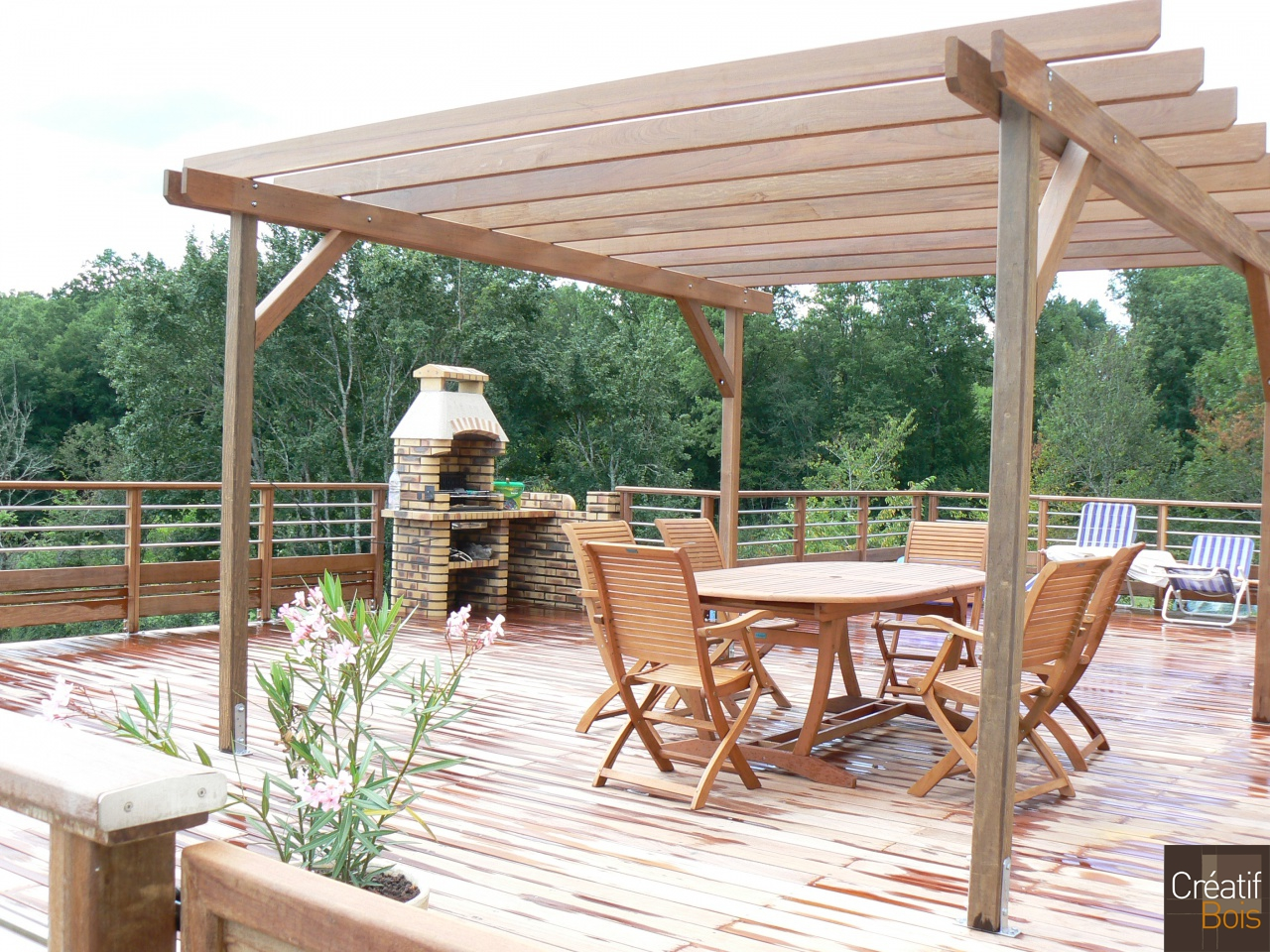 Pergola double en bois trait penmie bee for Pergolas pas cher