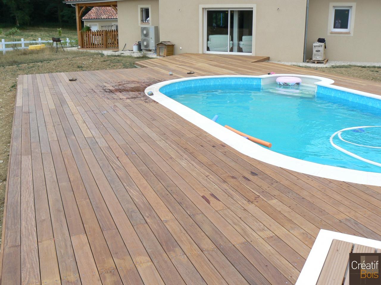 Plage de piscine alvignac lot 46 plages de piscine for Piscine ambiance brive