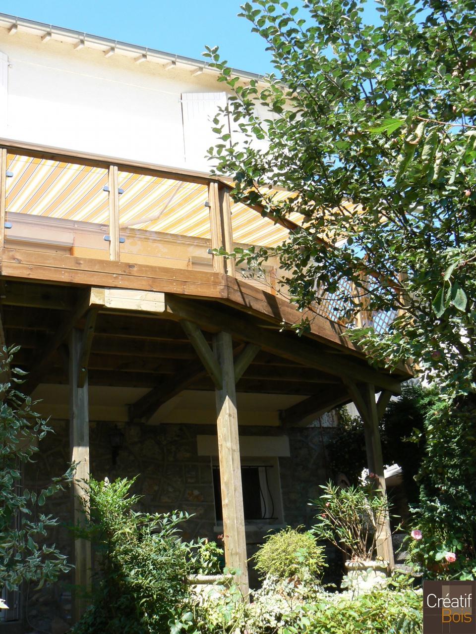 terrasse bois sur poteaux et garde corps bois et verre brive corr ze 19 r alisation terrasses. Black Bedroom Furniture Sets. Home Design Ideas