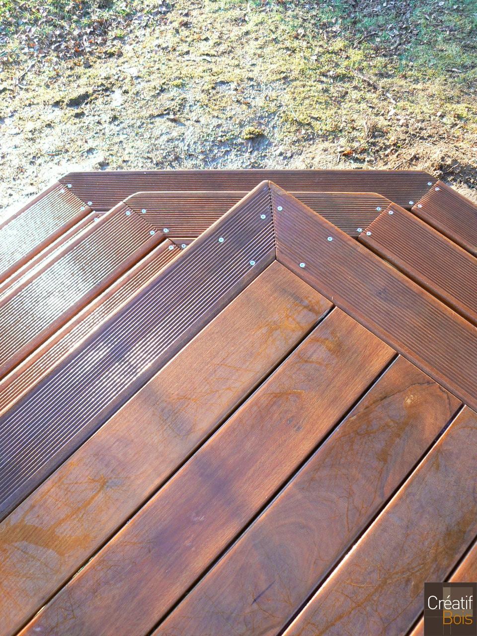 terrasse bois finition d 39 un escalier bois bugeat corr ze 19 r alisation terrasses cr atif bois. Black Bedroom Furniture Sets. Home Design Ideas