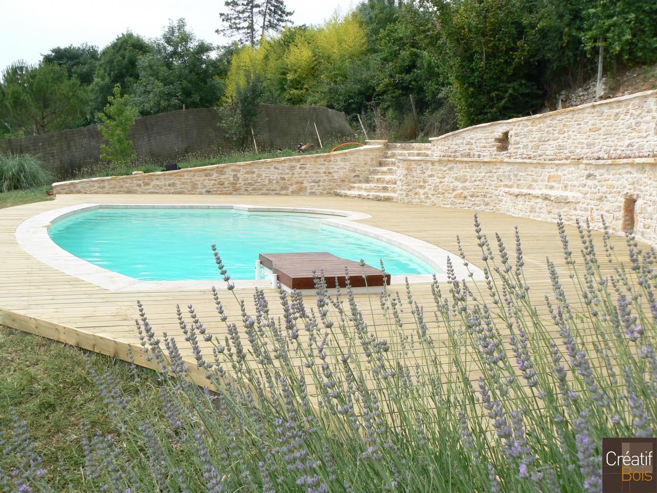 plage de piscine bois espere lot 46 plages de piscine. Black Bedroom Furniture Sets. Home Design Ideas