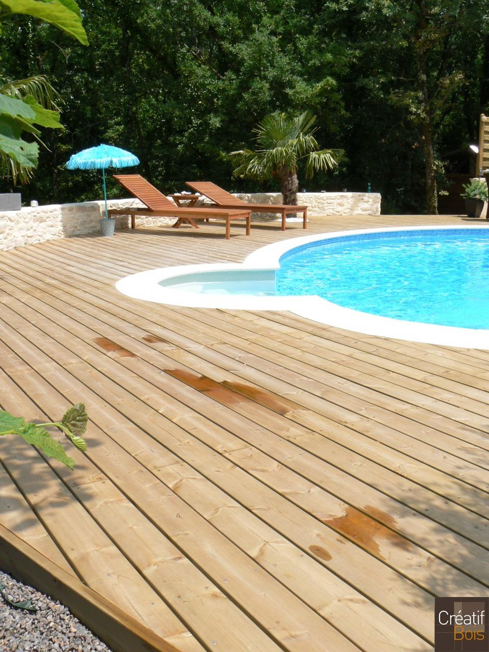 plage de piscine souilhac lanzac lot 46 plages de piscine galerie cr atif bois. Black Bedroom Furniture Sets. Home Design Ideas