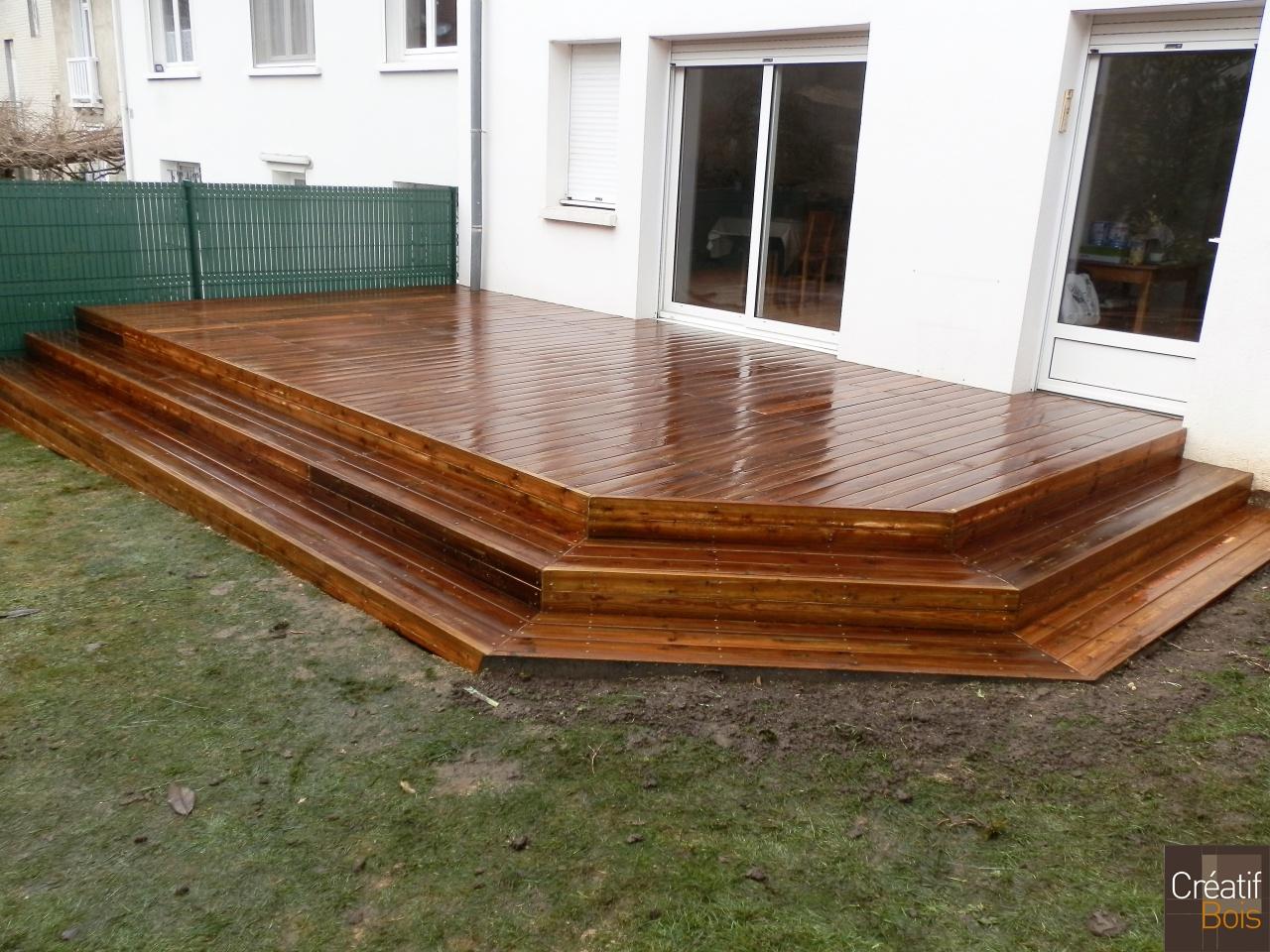 Terrasse bois limoges haute vienne 87 r alisations for Piscine ambiance brive